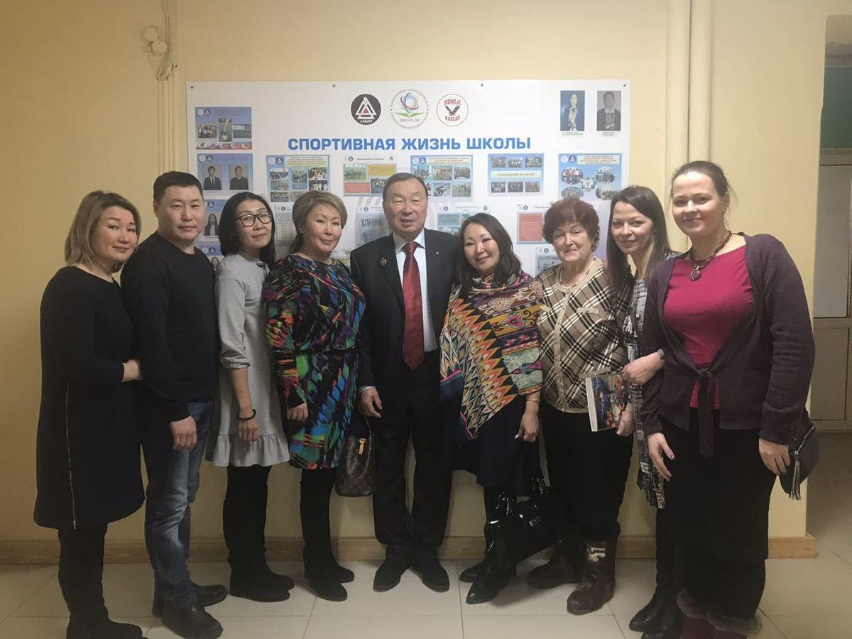 Лопсон Бадмаев приехал специально на открытие из Бурятии.