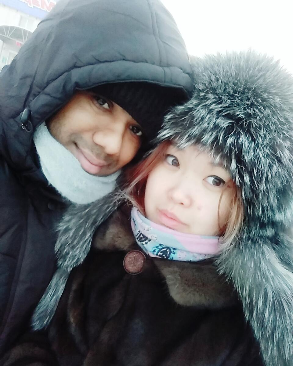 23596505_352924155180154_3500517703381155840_n «Познакомились с мужем через Facebook», — якутянка вышла замуж за индийца
