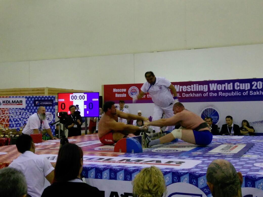 6-3 Американец с якутскими корнями стал чемпионом в супертяжелом весе на Кубке мира по мас-рестлингу