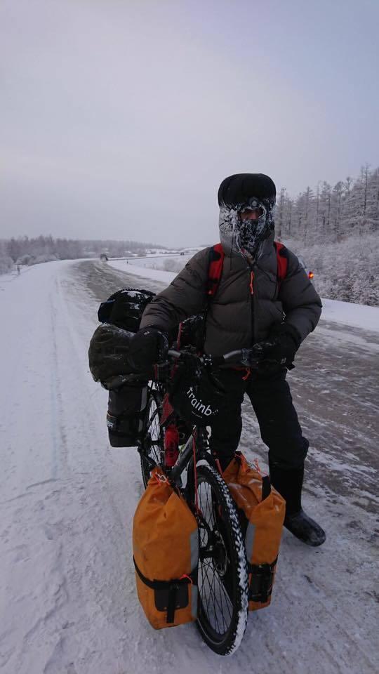 26167292_2089776281251327_4443279988433730842_n Французский велосипедист выехал из Якутска в Оймякон