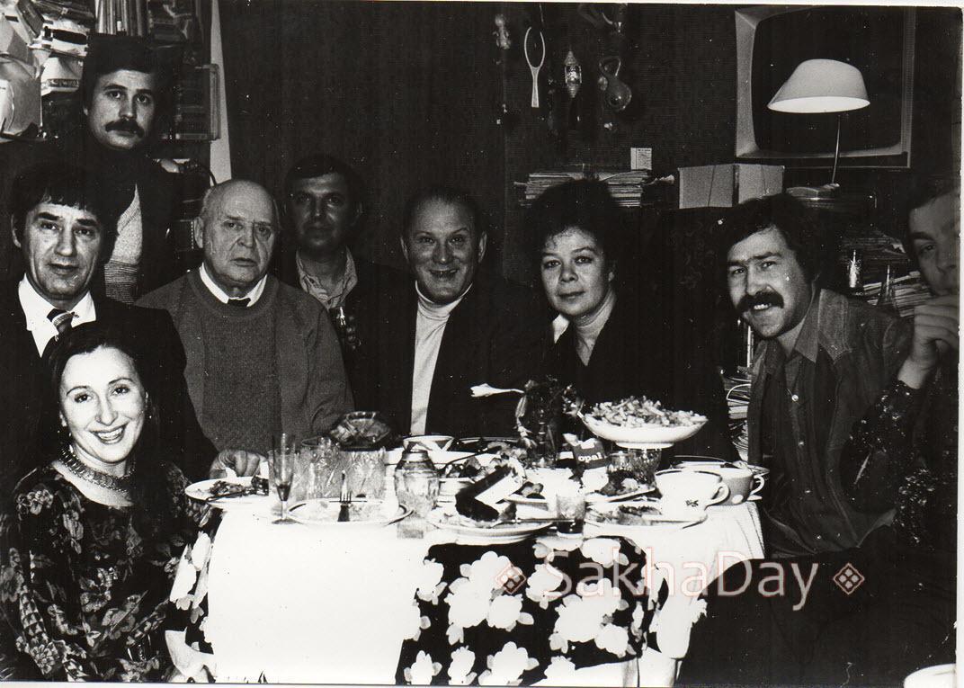 На фотографии слева Мишулин и Добрынин