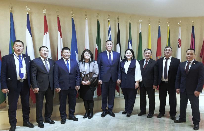 С руководителями местных отделений - делегатами 6 Съезда ВСМС