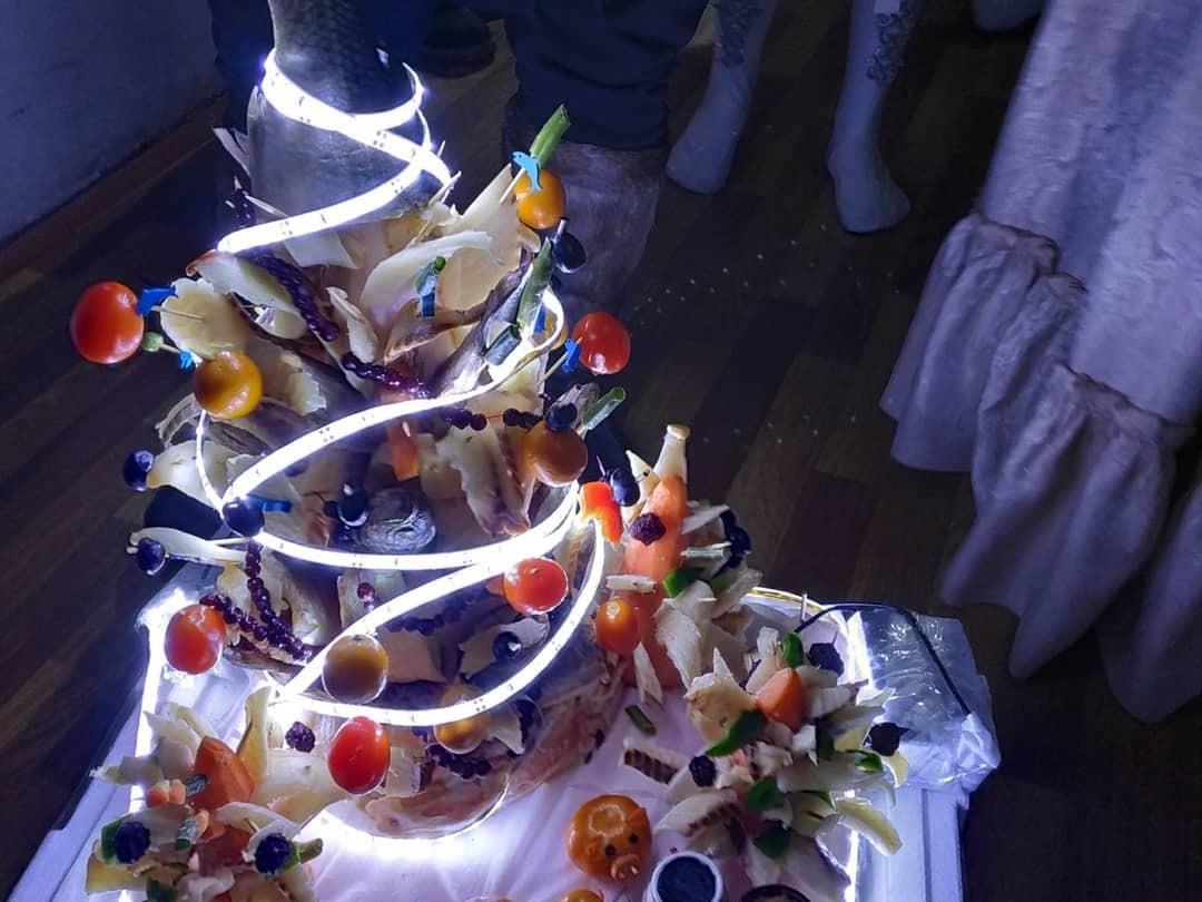 На празднике были представлены вот такие шедевры. Блюдо от Сайсарской команды