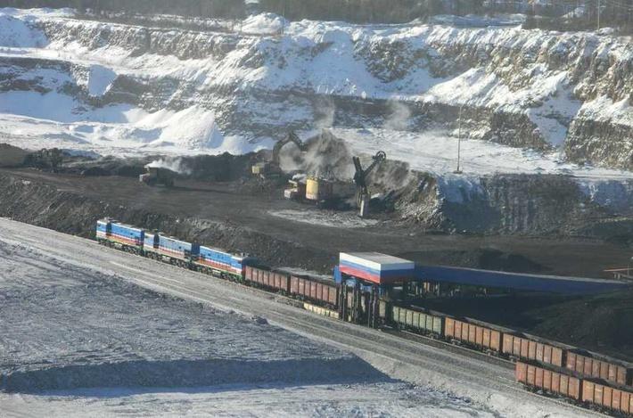 Погрузка угля Инагли