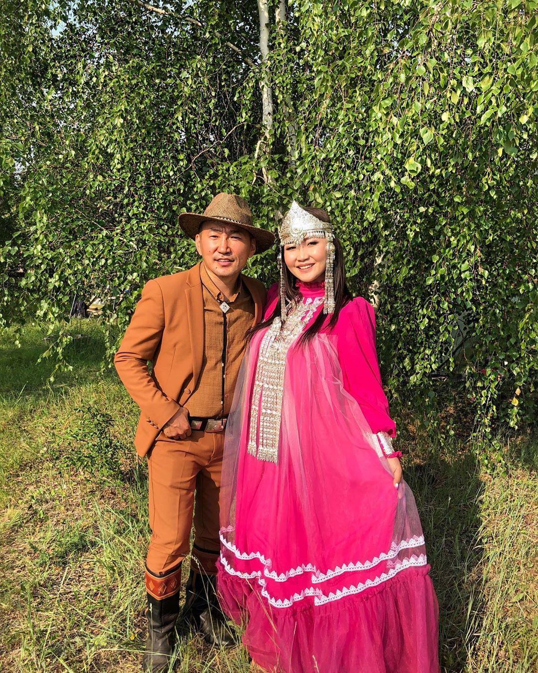 Санита Ай с Эрханом
