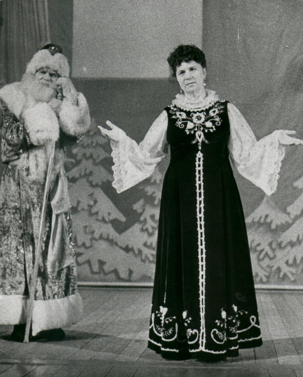 С 1952 по 2008 годы Дворец пионеров возглавляла Фаина Иннокентьевна Авдеева, «мама» многих детей Якутии.