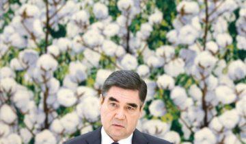 ASHGABAT, TURKMENISTAN - FEBRUARY 6, 2019: Turkmenistan's President Gurbanguly Berdimuhamedow during a meeting with Russia's Foreign Minister Sergei Lavrov. Alexander Shcherbak/TASS  Òóðêìåíèñòàí. Àøõàáàä. Ïðåçèäåíò Òóðêìåíèè Ãóðáàíãóëû Áåðäûìóõàìåäîâ âî âðåìÿ âñòðå÷è ñ ìèíèñòðîì èíîñòðàííûõ äåë Ðîññèè Ñ.Ëàâðîâûì. Àëåêñàíäð Ùåðáàê/ÒÀÑÑ