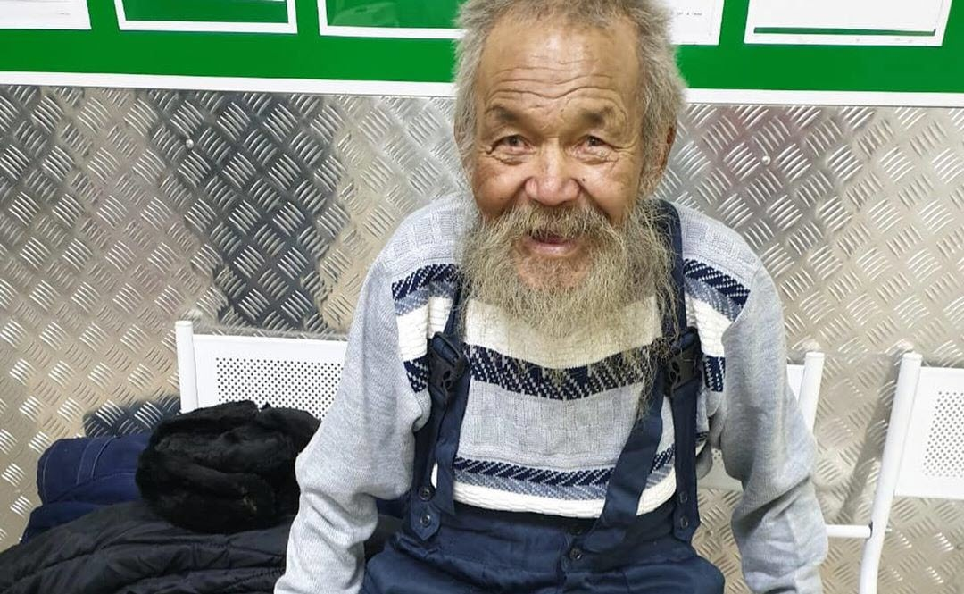 В Якутске 90-летнему дедушке несколько раз отказывали в госпитализации из-за  того, что он слишком грязный
