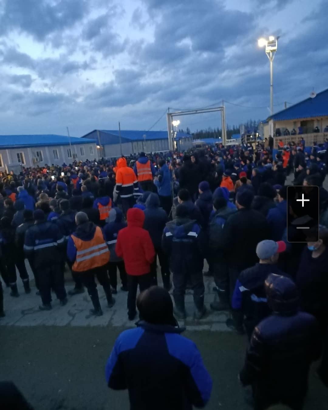 «Газпром» по поводу вахтовиков: все вопросы к подрядчикам
