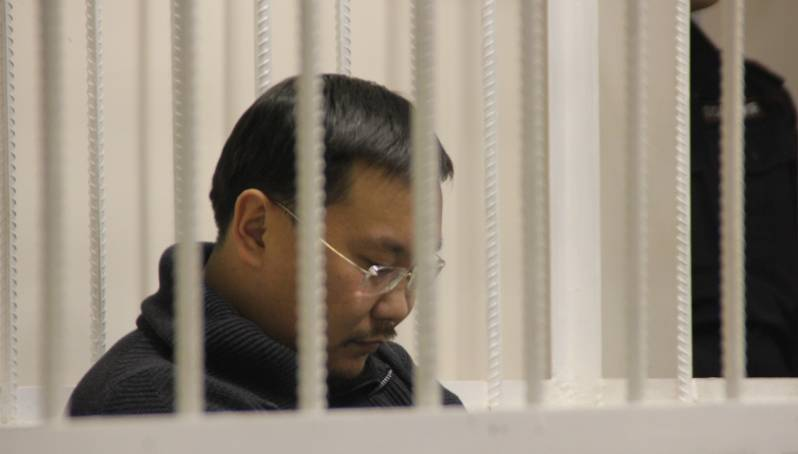 Дело Поповых: муж - под домашним арестом, жена - под подпиской о невыезде