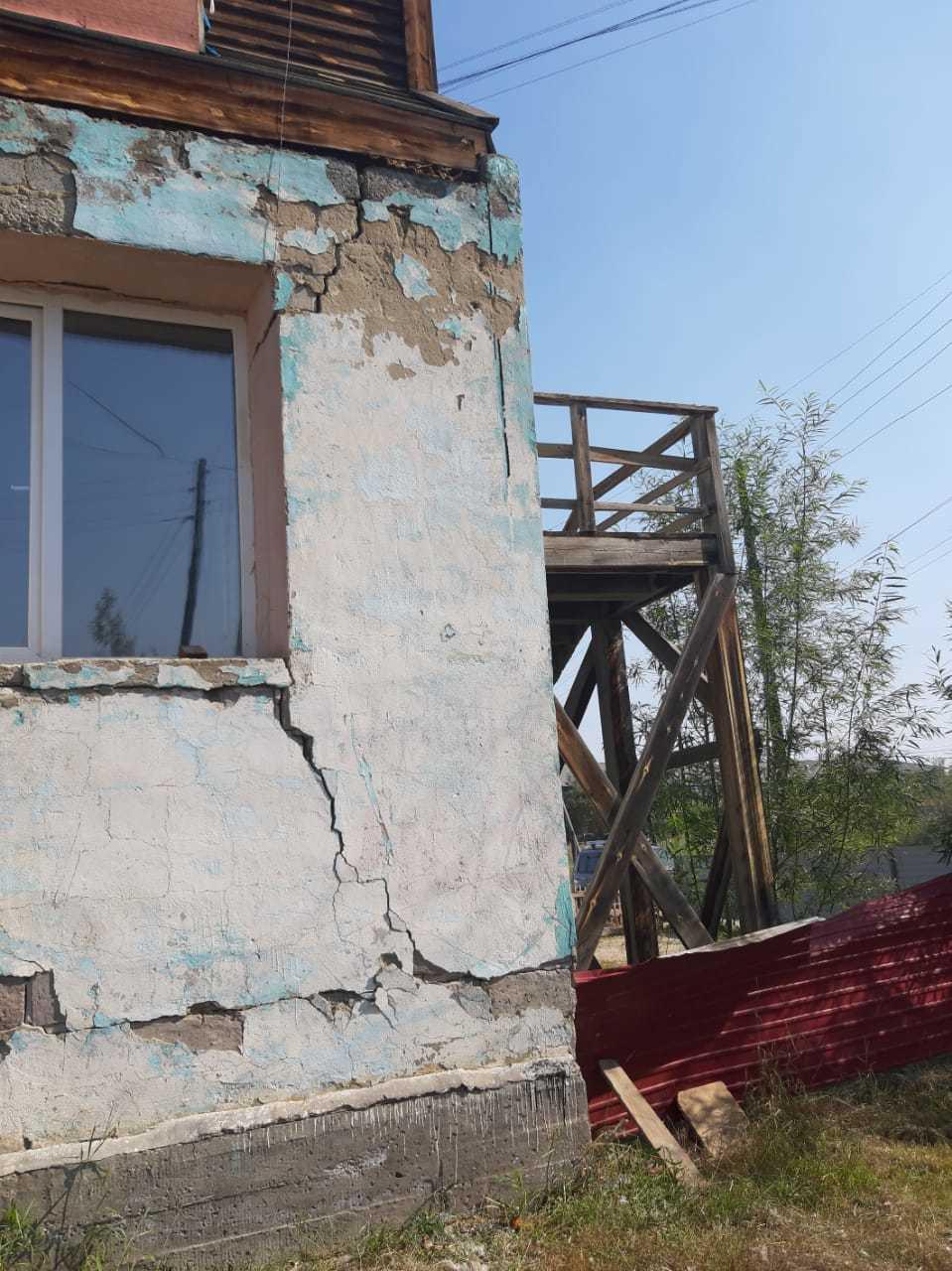 Роман Сорокин: «По ситуации с аварийным домом на ул. Билибина, 46/5 будут приняты срочные меры»