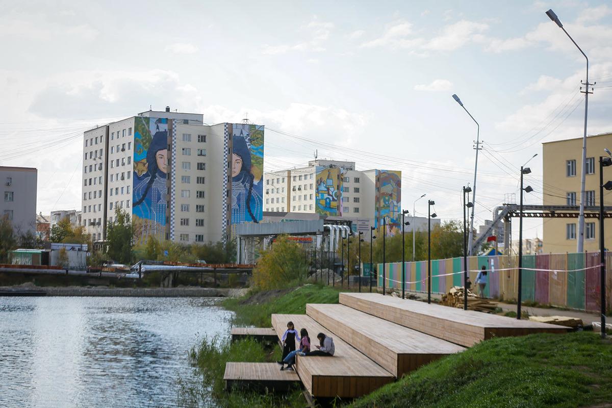 Айсен Николаев проверил готовность объектов комфортной городской среды