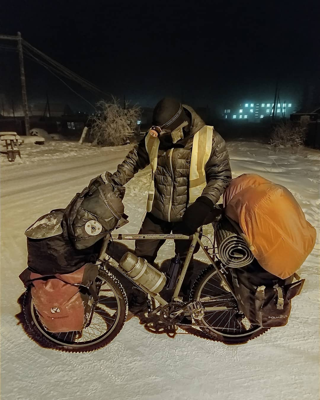 Итальянский велосипедист отказался от поездки на Север, преодолев путь от Покровска до Якутска
