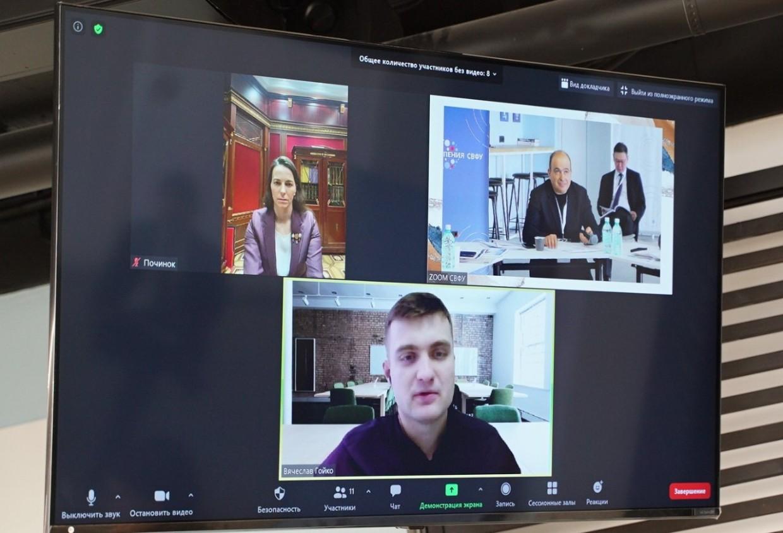 Министр образования и науки РС(Я) Михаил Сивцев: «Мы должны сделать еще два шага вперед, чтобы прийти к настоящей цифровизации»
