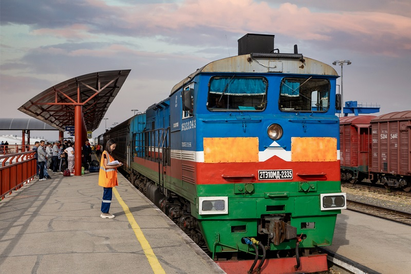 По железной дороге без пересадок  из Якутии до Владивостока и Благовещенска поезда будут курсировать через день