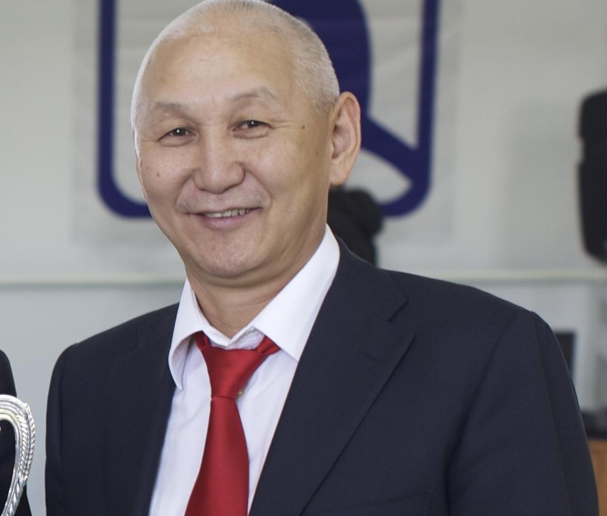 Everstov22 Михаил Эверстов не является советником генерального директора «Якутскэнерго»