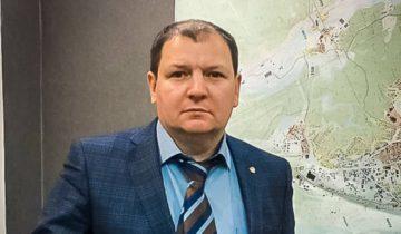 Юрий Левин