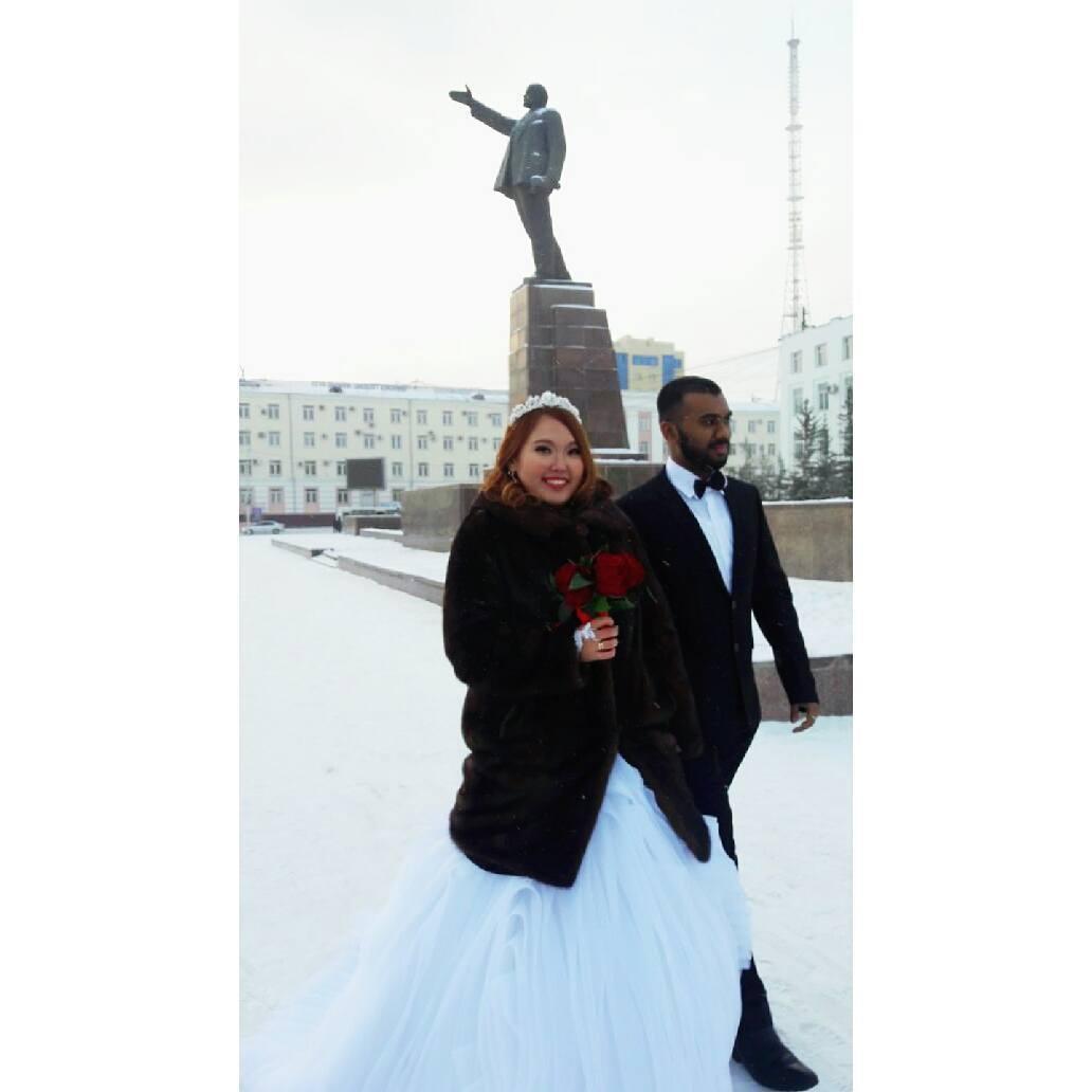 23498700_184173442134221_8708327371263967232_n «Познакомились с мужем через Facebook», — якутянка вышла замуж за индийца