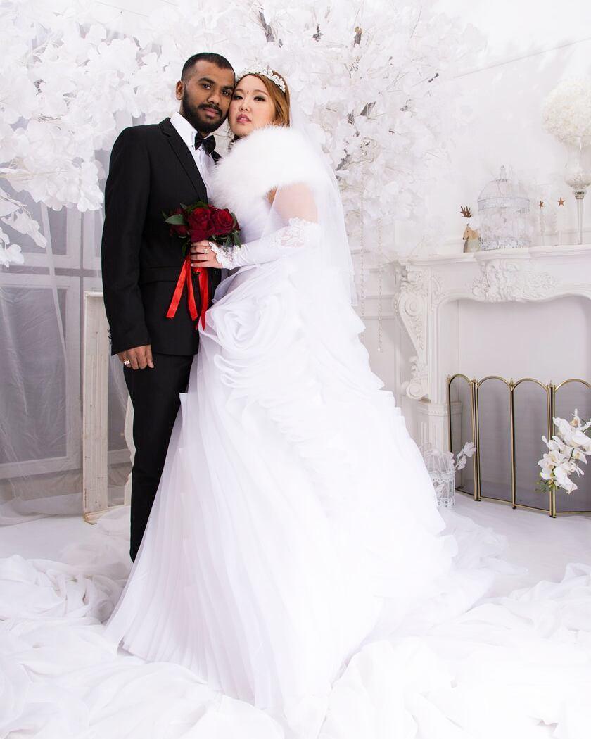 23507066_2028611940747996_2252219449169936384_n «Познакомились с мужем через Facebook», — якутянка вышла замуж за индийца
