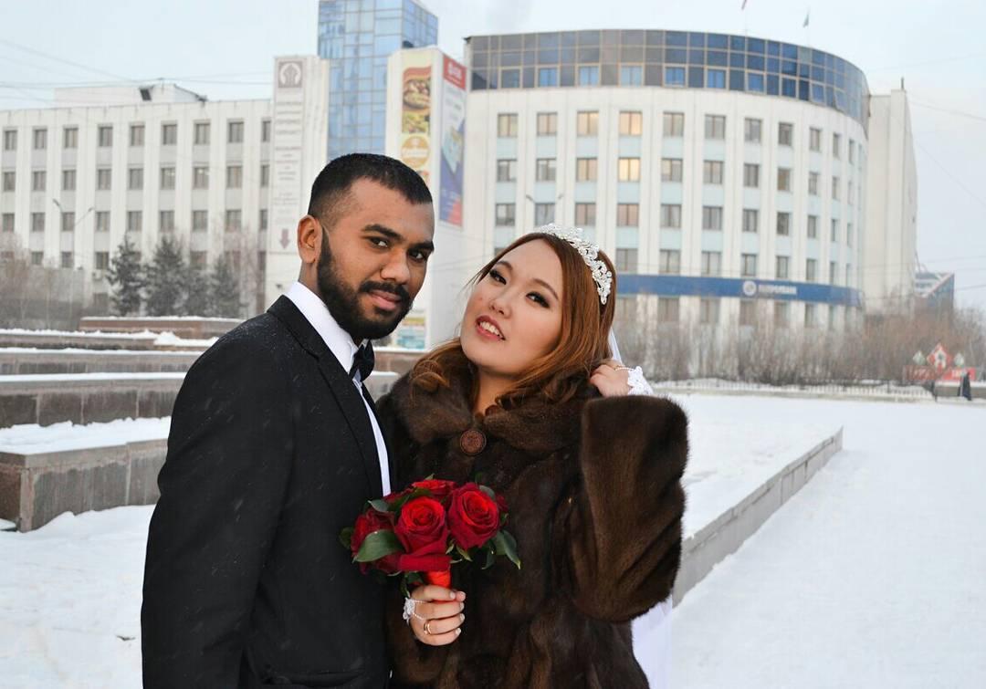 25015935_1654282141285286_6752198290260885504_n «Познакомились с мужем через Facebook», — якутянка вышла замуж за индийца