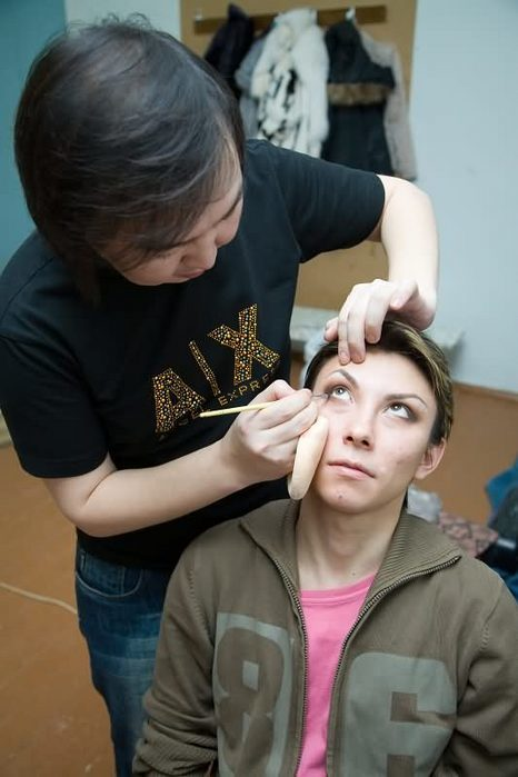 DLz-XWEdR4 Организаторы конкурса «Мисс Виртуальный Казахстан» повторили якутский скандал с Анжелой Адамовой