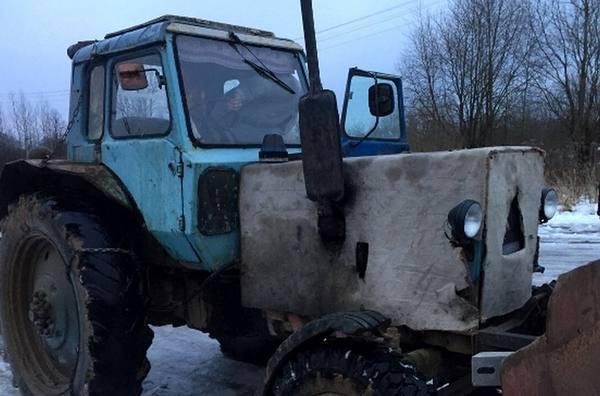 202 Житель Якутии совершил угон трактора, чтобы вырыть траншею