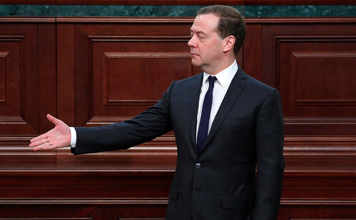 Российская Федерация обратит санкции США напользу экономике— Медведев