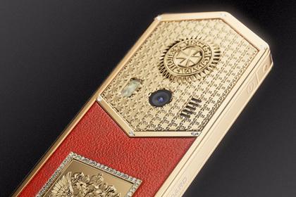 Caviar выпустил серию «Царь-телефонов» вчесть инаугурации В.Путина