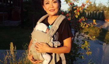 Сахая с малышом
